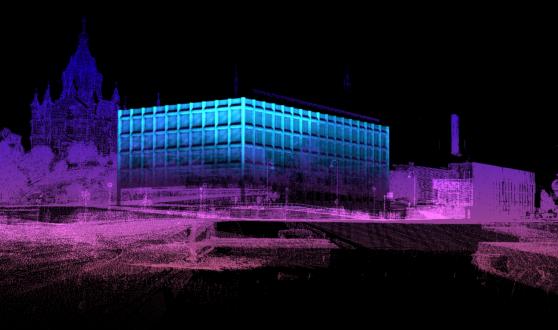 Valofestivaali Lux Helsingin yhteydessä Stora Enson pääkonttori muuttaa väriä. (Kuva: Shader Oy)