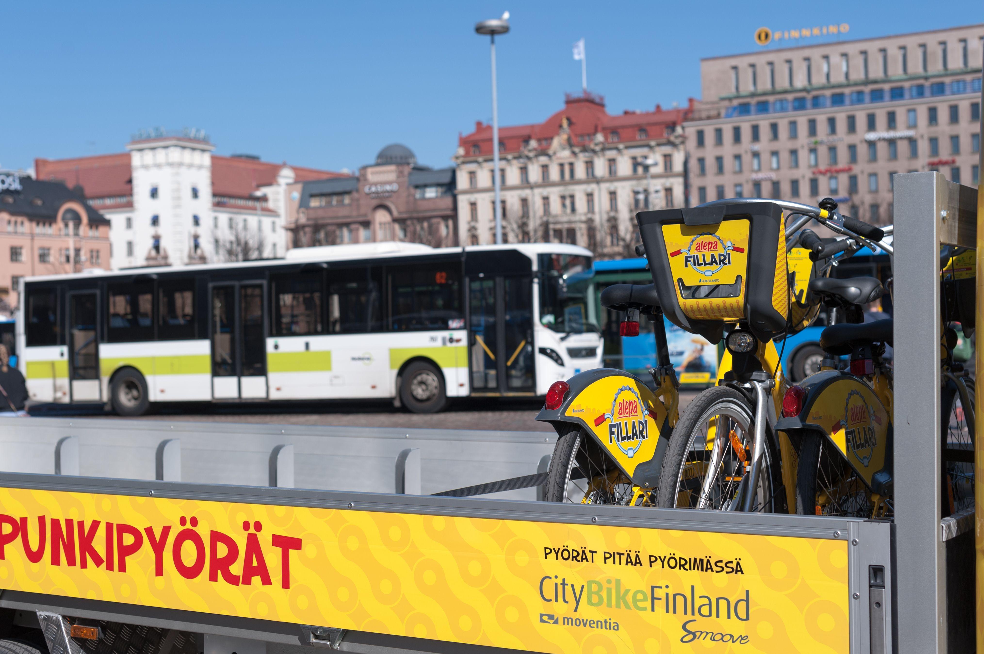 Espoo saa oman kaupunkipyöräkokeilun, kun Helsingistä lainataan 10 pyöräasemaa ensi kesäksi.