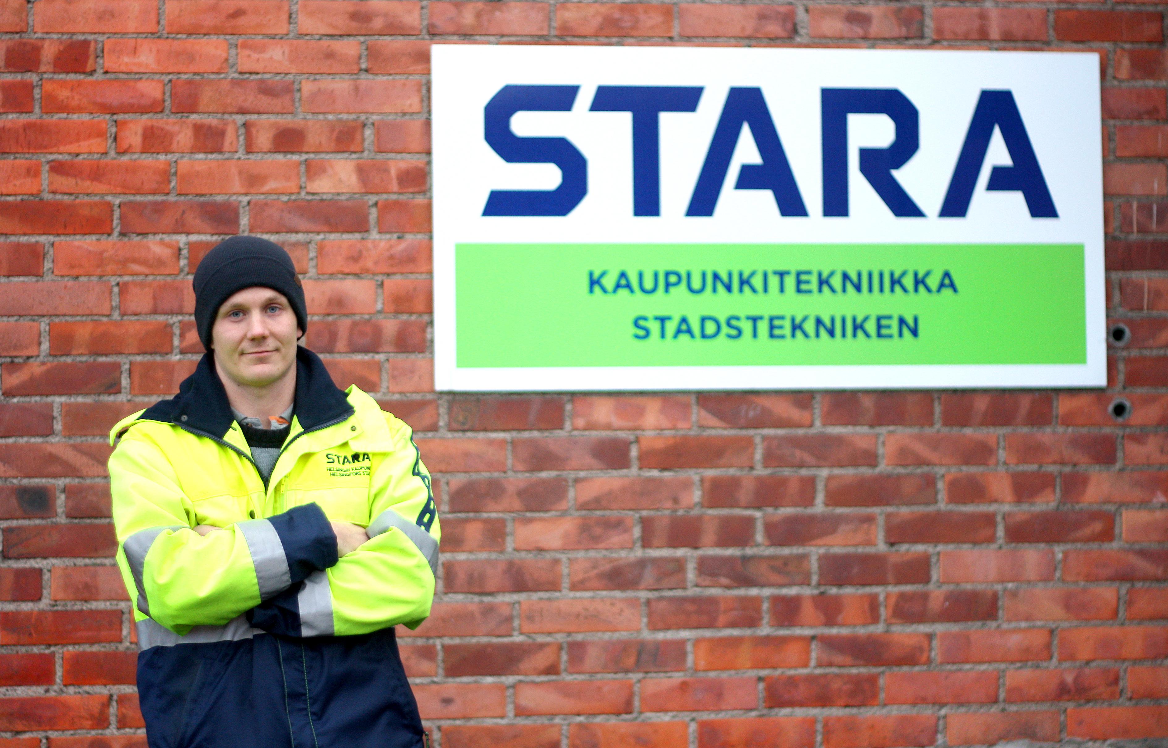 Henri Koskelainen oli rakennusmestarikoulutuksessa, mutta meni kesätöihin lapiohommiin Staralle. - Siitä alkoi uusi ura, hän kertoo.