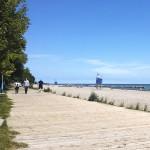 The Beach. Matkaa Toronton keskustaan on tästä noin kymmenen kilometriä.