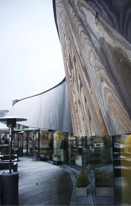 Oslon satamarannassa puukattoisen ravintola Ondan terassi on kesällä suosittu. Talvella on hiljaisempaa.