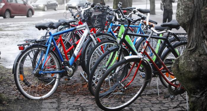 Pyöräilijät kaipaavat enemmän pysäköintipaikkoja, joissa on runkolukitusmahdollisuus.