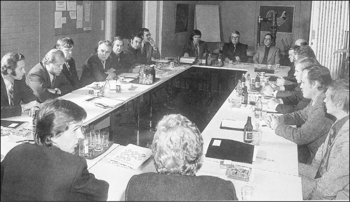 Kuntien putkimestarit ry:n perustamista pohdittiin Tampereella 1974.