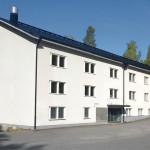 Kontiorannan varuskunta-alueen rakennuskanta edustaa sotilasrakentamisen arkkitehtuuria 1940-1990 -luvuilta. Kuvassa kasarmirakennus vuodelta 1953.