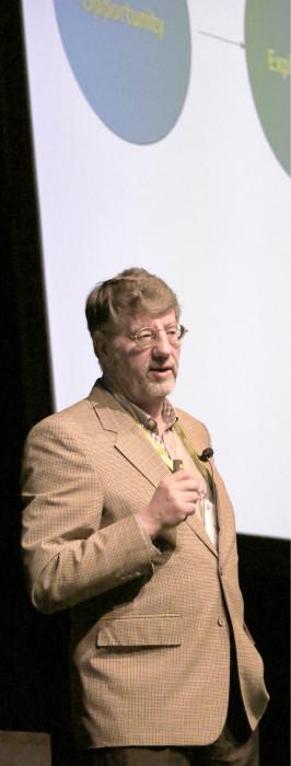 Yksi keynote-puhujista, Roger LaSalle keskittyi omaan ydinviestiinsä: asioita tehdään arvon lisäämiseksi.