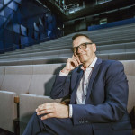 Lappeenrannan uuden teatterin rakennuttajapäällikkö Erkki Suurosen mukaan rakennuttaminen on monesti luonteeltaan ongelmien selvittelyä. - Tässä erikoisessa hankkeessa kaikki tehtiin hyvässä hengessä . Iso kiitos siitä kuuluu myös meidän päteville urakoitsijoille.