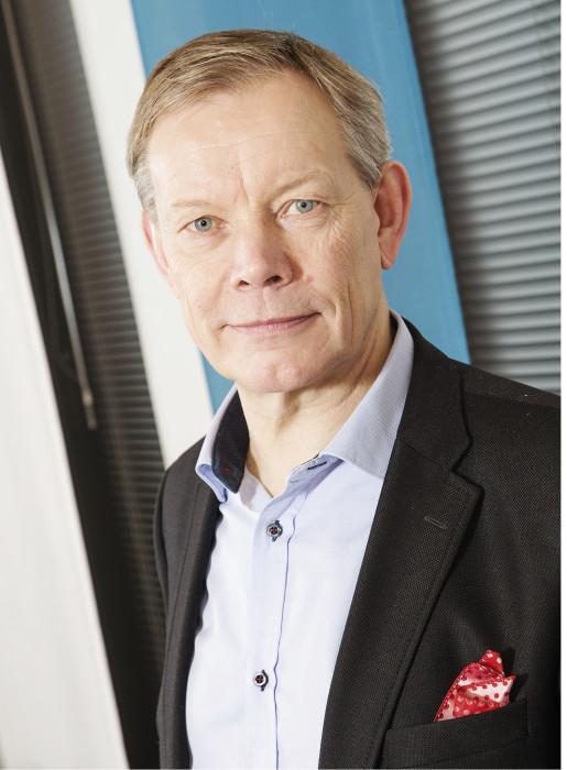 – Kierto- ja kierrätystaloudessa julkisilla laitoksilla on paljon annettavaa toiminnallisten alustojen rakentajana, Harri Kallio sanoo.