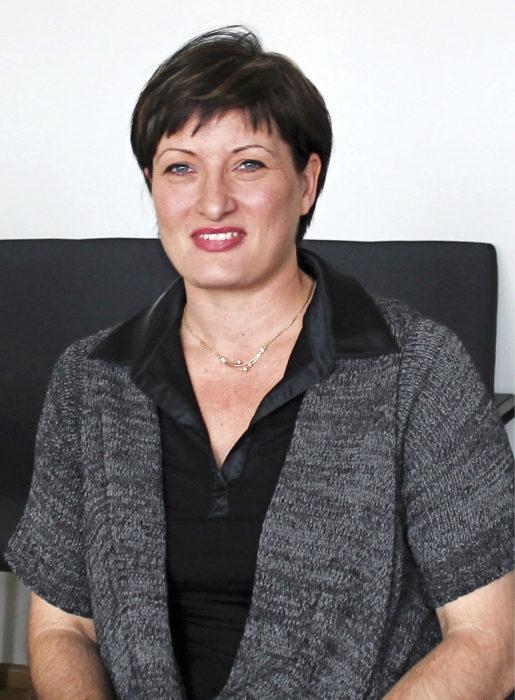 -Toivon, että RALA-sertifioinneista saisi kilpailutuksessa myös laatupisteitä tulevaisuudessa, Nina Lindström sanoo.