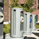 Roska-autot ja haisevat roskikset ovat historiaa. Niiden tilalle tulee imuputkijärjestelmän keräysluukut, joista roskapussi pudotetaan sisään. Putket jo humisevat Sörnäistenniemessä.