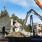 Tela-alustainen purkukone murskaa pulveroijalla purkujätettä ja erottelee  teräksen betonista.